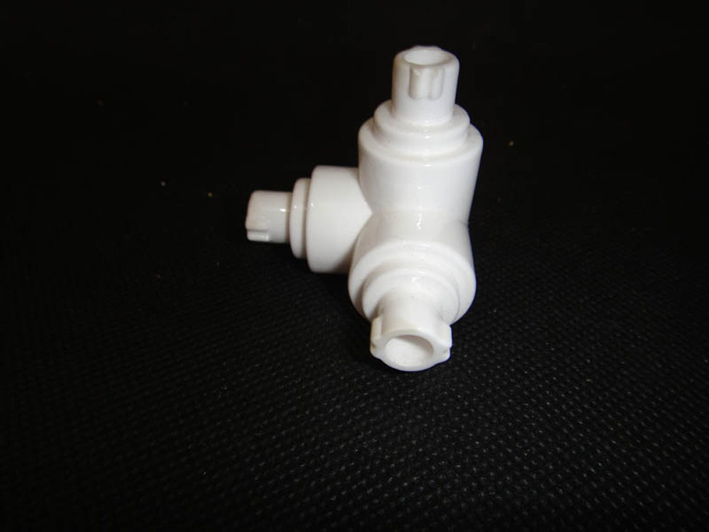 glaze alumina ceramic custom technical ceramic